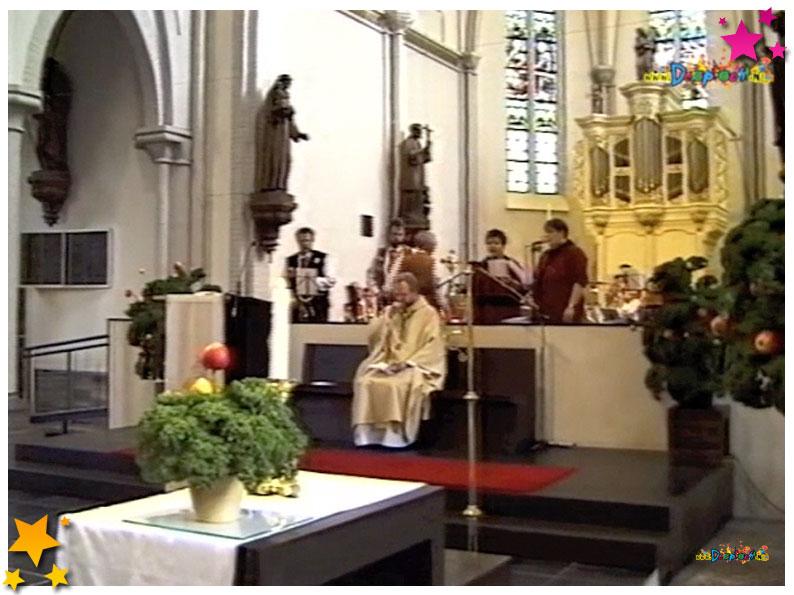 Heilige mis 4 kerres 11 feest Schaijk 2002