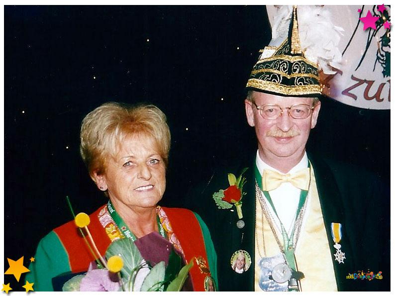 Koninklijk Onderscheiden Henk van Ras - 2002 Schaijk