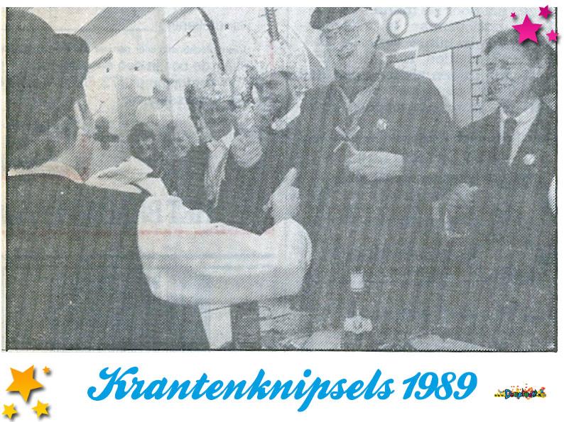 Krantenknipsels Moesland 1989