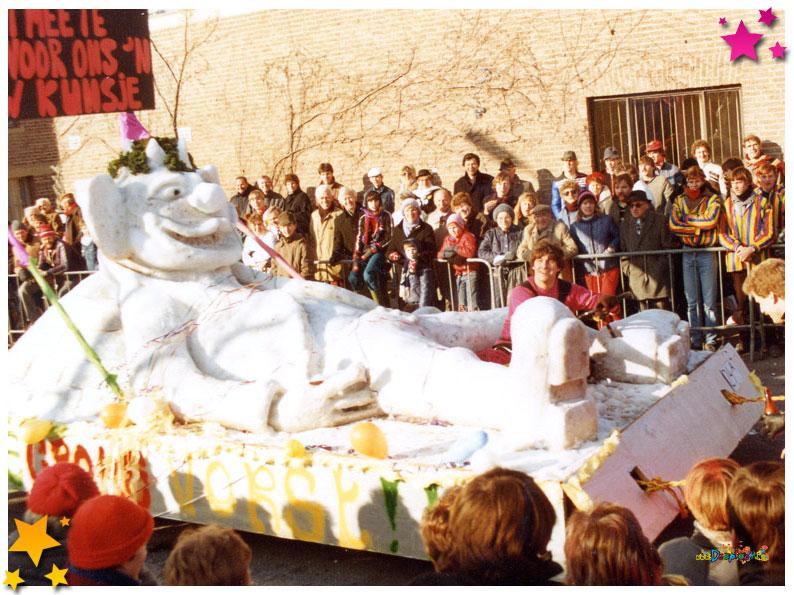 Sneeuwwagen van de Loltrappers