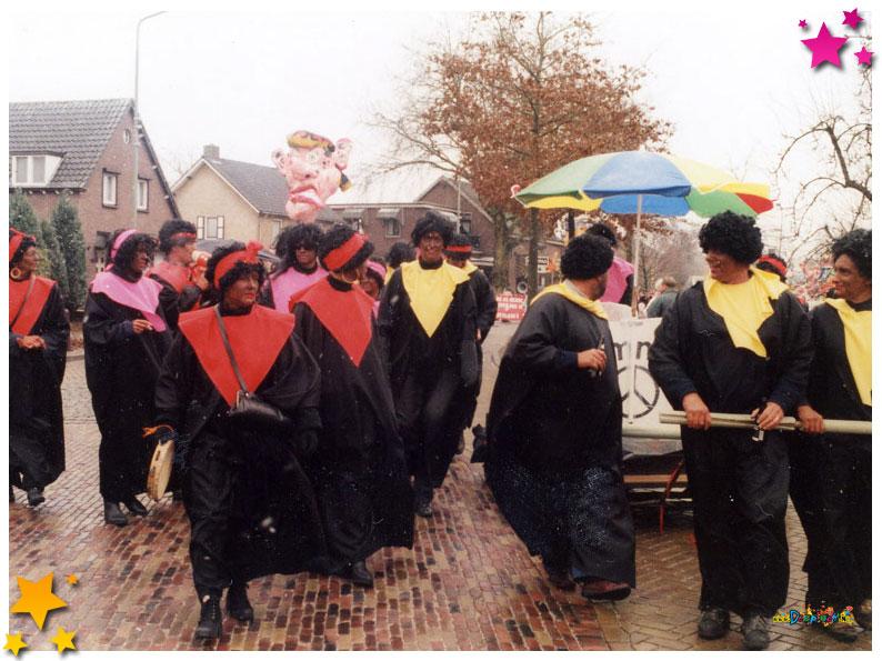 Auwzum tijdens de optocht van Schaijk 1996