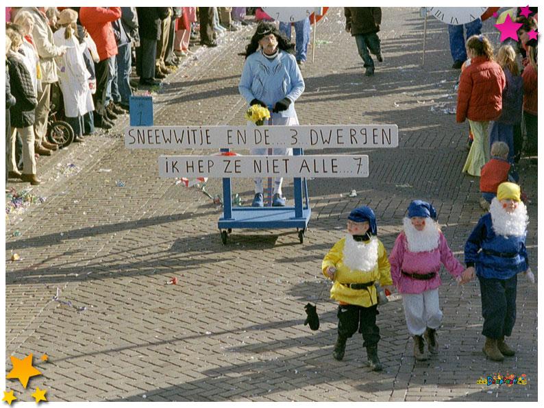 Jan Vos Carnavalsoptocht Schaijk - 2004