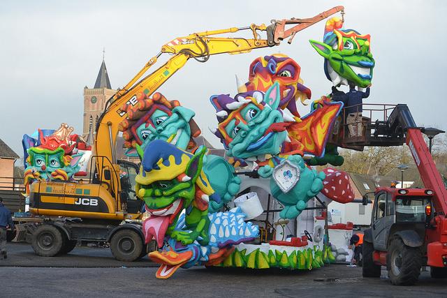 Opbouwen wagens Moesland 2018