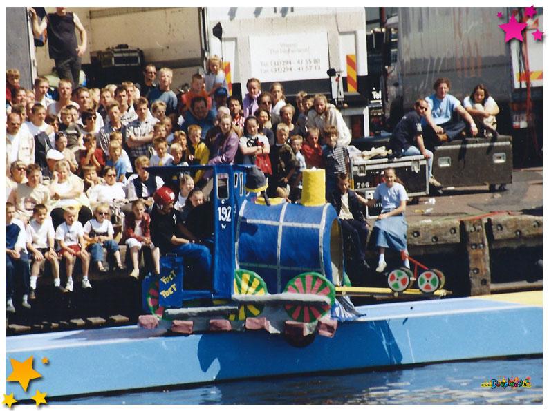 Te Land Ter Zee en in de lucht - Urk - 2001