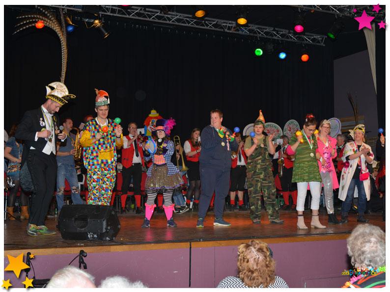 KeeMoesbal: gezellige carnavalsmiddag in Wapen van Reek