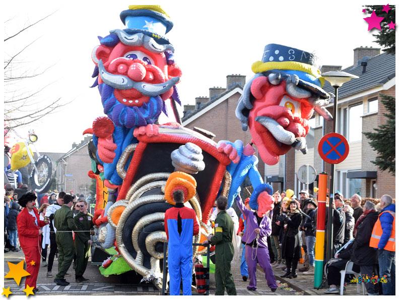 Carnavalsoptocht Schaijk - 2019 - Makt Me Niks