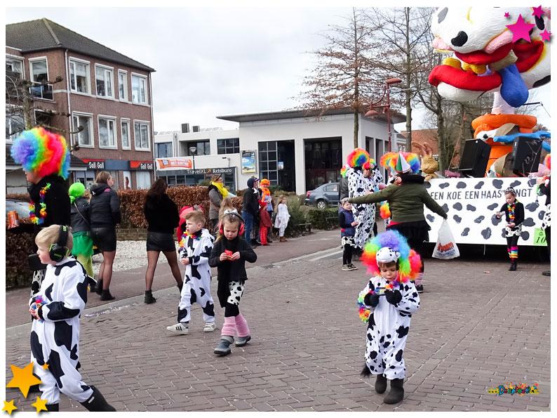 Carnavalsoptocht Schaijk - 2019 - Vur Mekoar