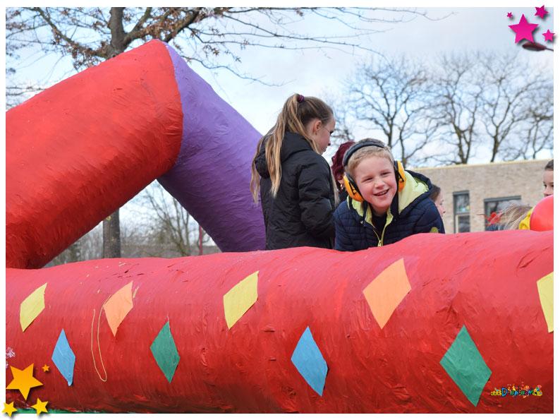 Carnavalsoptocht Schaijk - 2019 - Wennig Kans