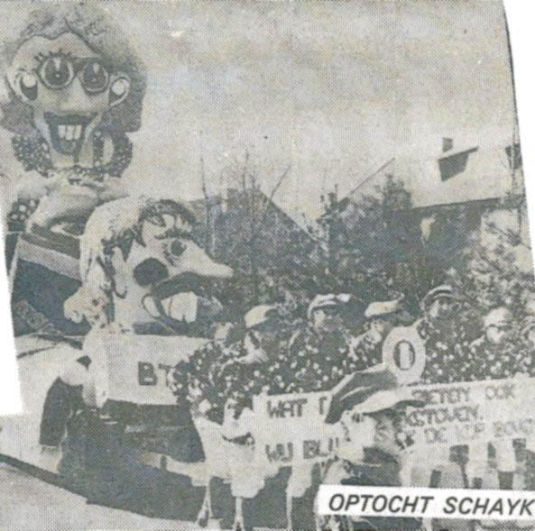 Stuk uit Weekblad Regio Oss van de Bierviltjes - 1982